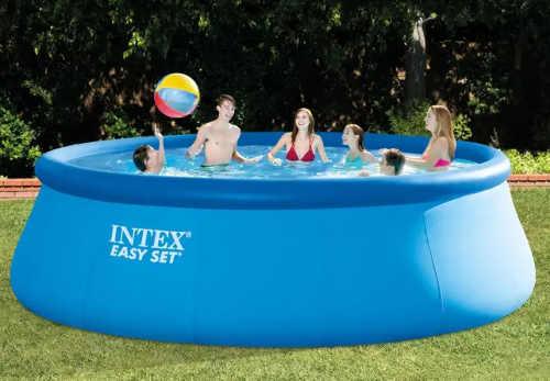 Nadzemní zahradní bazén s hloubkou 1,22 m