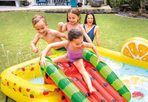 Nafukovací bazén pro děti se skluzavkou