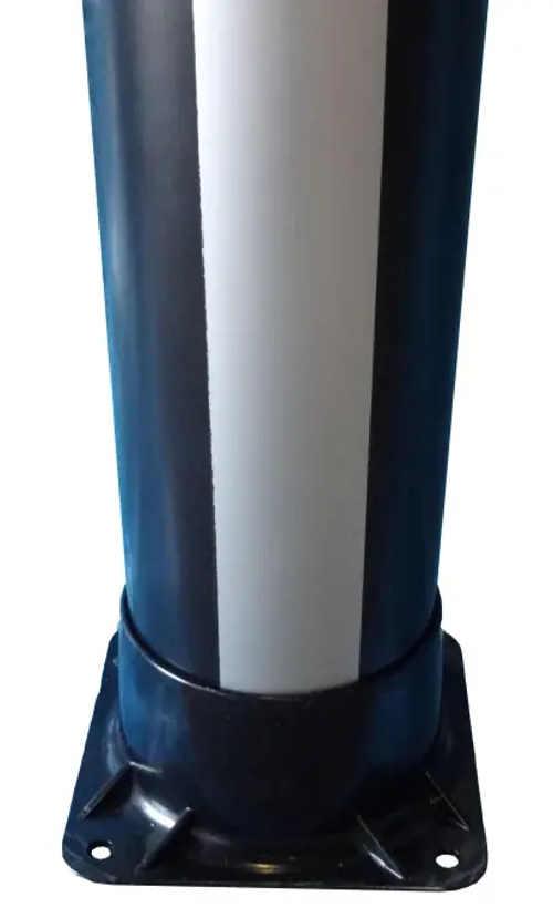 Podstavec solární sprchy s možností pevného přišroubování