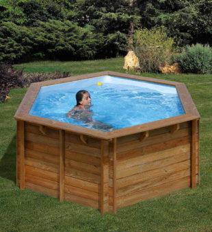 Celodřevěný bazén v luxusním provedení