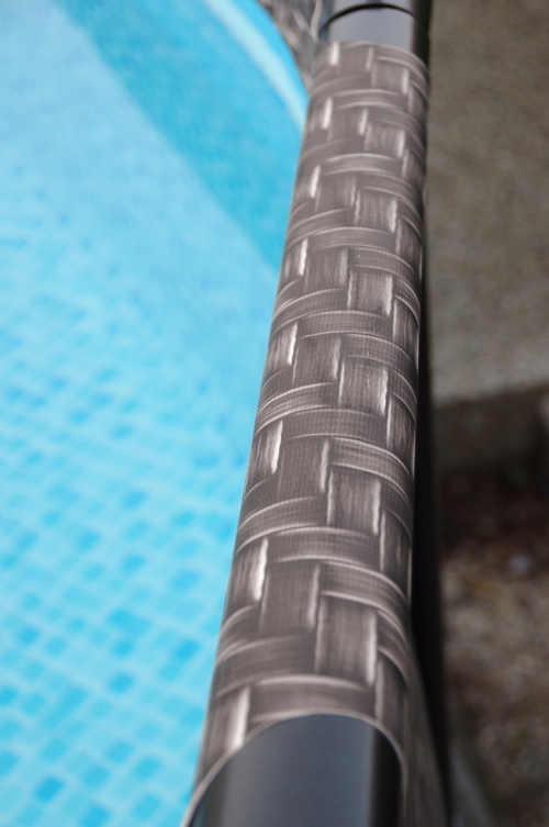 krásný a praktický nadzemní bazén