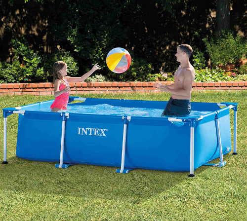 nadzemní bazén s filtrací v obdélníkovém provedení