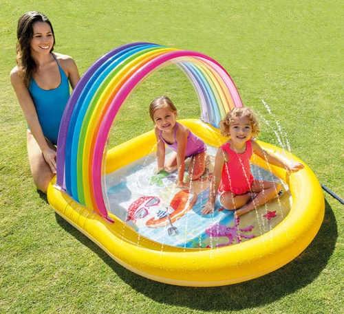 Zábavný dětský bazének se stříkající fontánkou