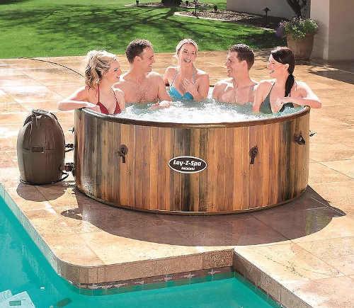 Luxusní nafukovací vířivka k zahradnímu bazénu