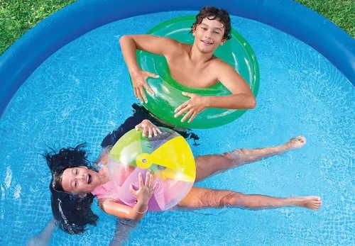 Zahradní bazén který budou vaše děti milovat