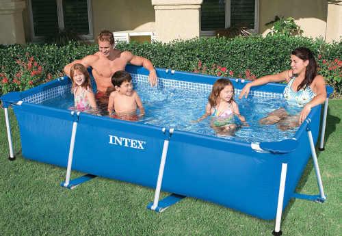nadzemní bazén obdélníkového tvaru