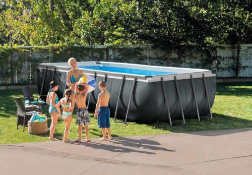 rodinný bazén s příslušenstvím a filtrací