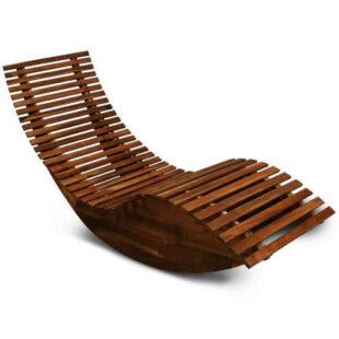 Zahradní dřevěné ergonomické lehátko