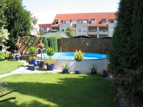 kruhový venkovní bazén Milano
