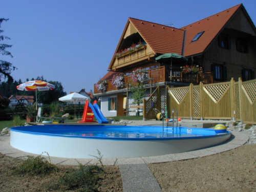 kvalitní velký moderní kruhový bazén