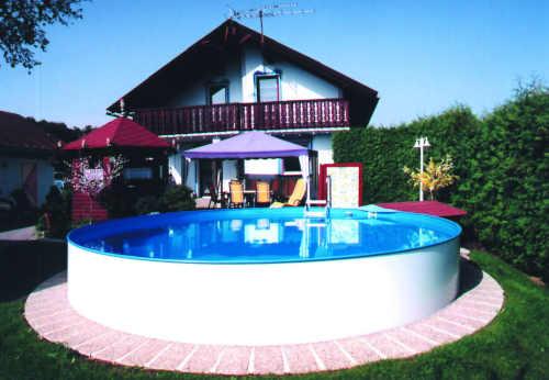 velký bazén pro úplné či částečné zapuštění